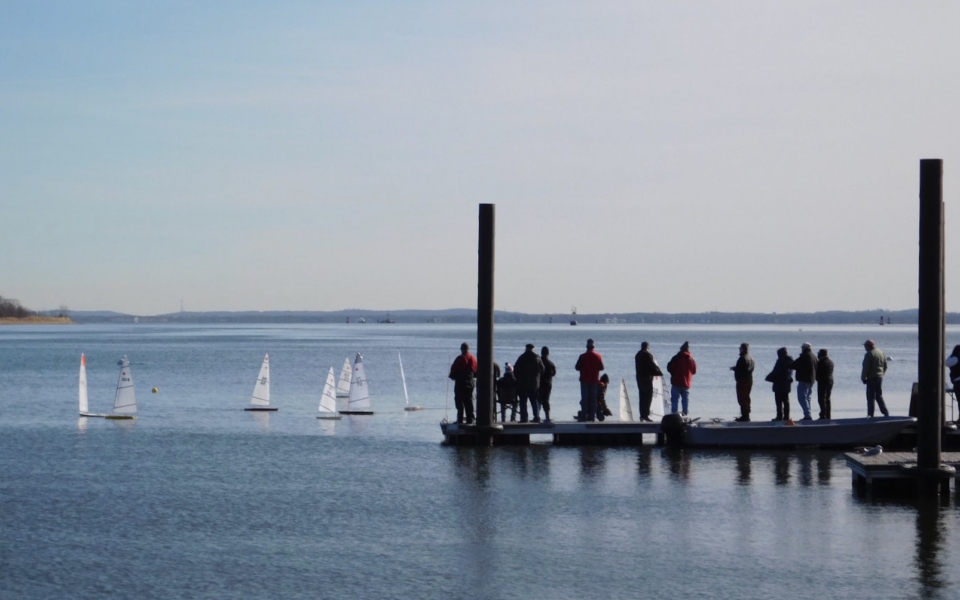 Sailboat racing at Raritan Yacht Club