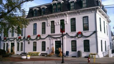 Perth Amboy City Hall Holiday Decorations